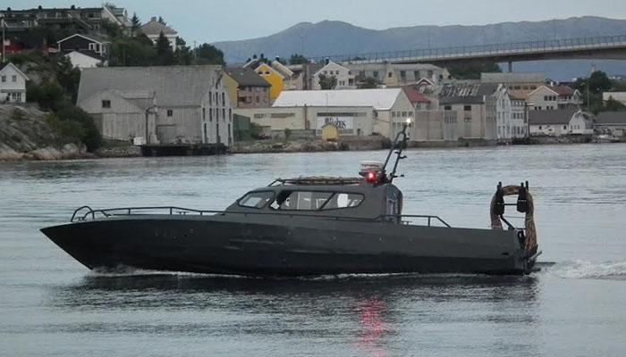 Sivil båt
