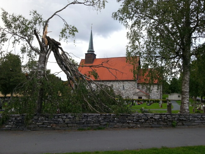 Kraftig vind inne i landet